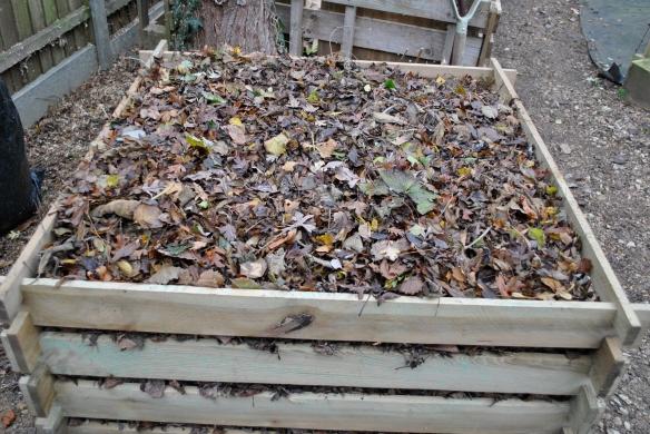 Leaf composter